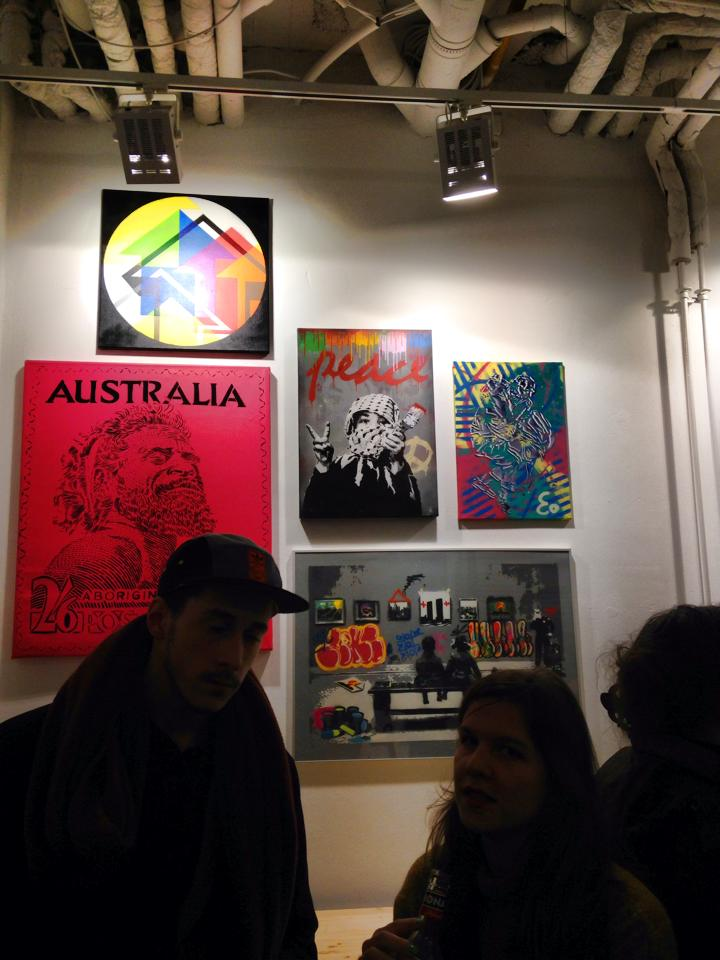 Vernissage du cut it out show in Berlin